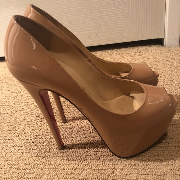 c02375ae0dc Christian Louboutin Highness Nude